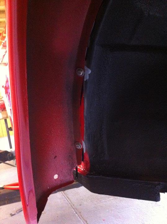 ...VA-Schrauben für die Kotflügelmontage...